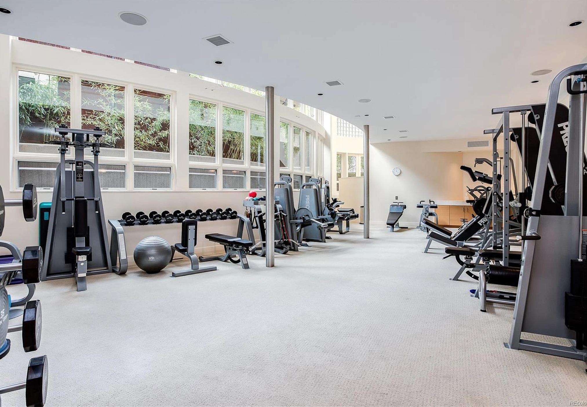 2-level Fitness room