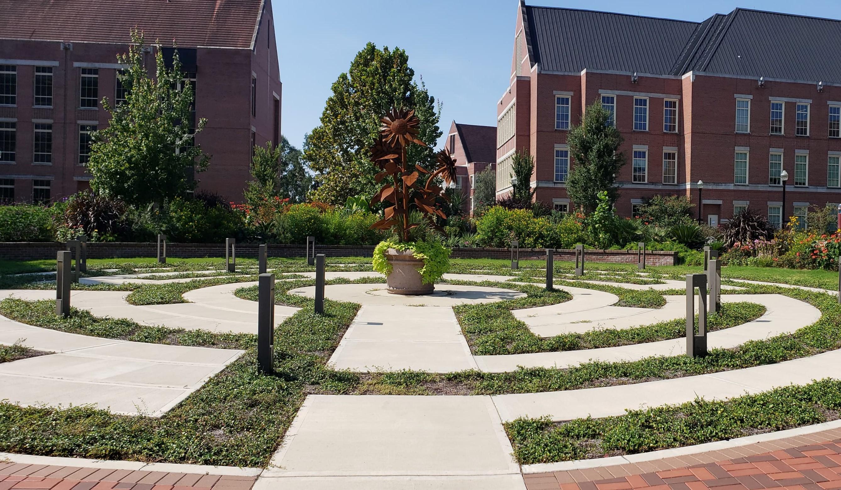 FSU, labyrinth