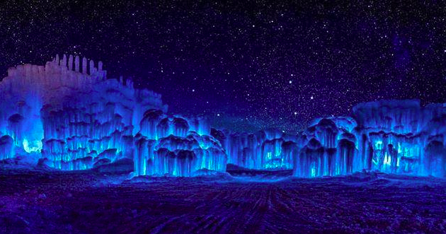 ice castles in dillon, colorado