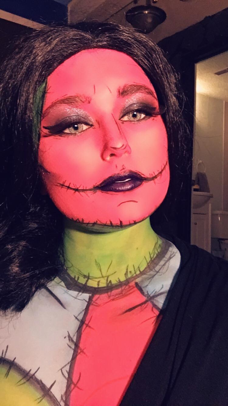 classic Halloween makeup looks
