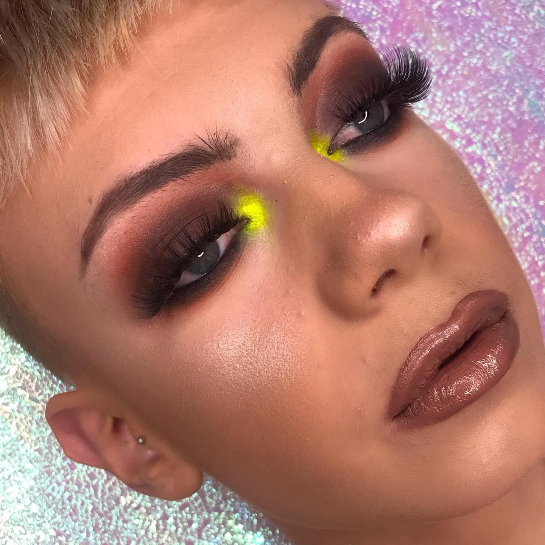 yellow neon inner corner