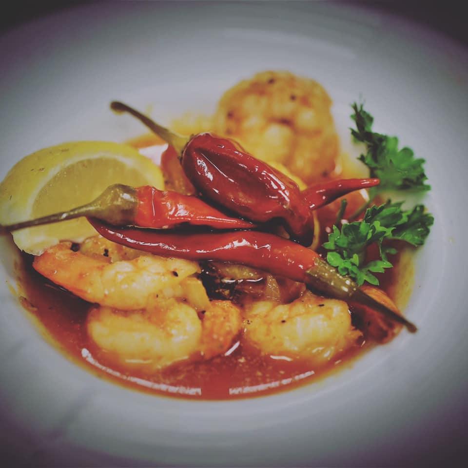Isabella's Taverna, shrimp, tomato sauce