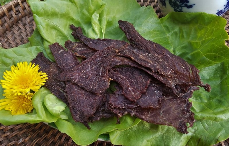 dried beef, yellow flowers