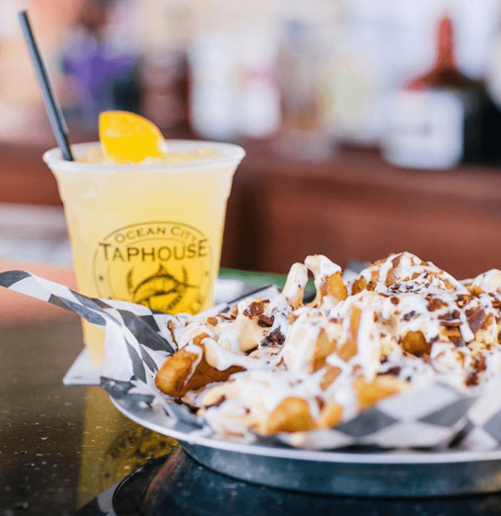 cinnamon rolls and drink from taphouse tavern