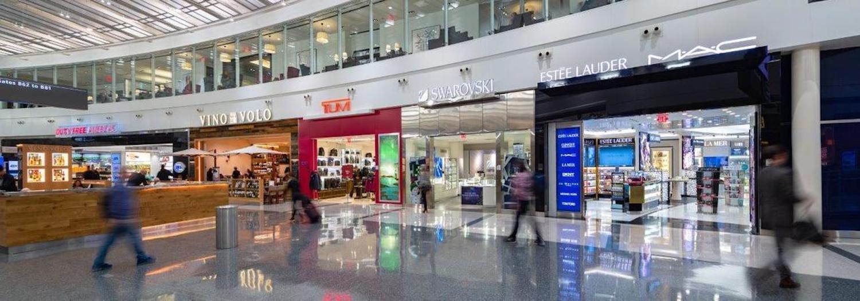 Shopping at Dulles Airport