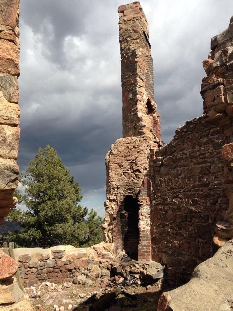 Mount Falcon Walker Mansion Ruins