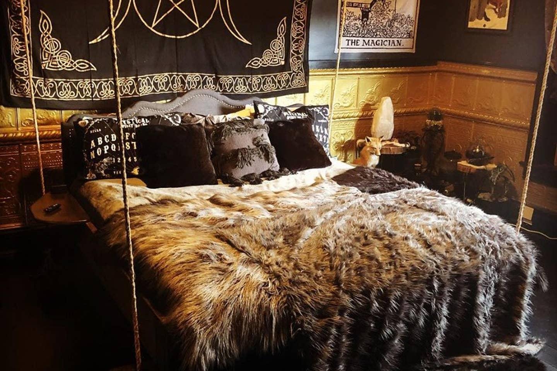 black annis room at black monarch hotel