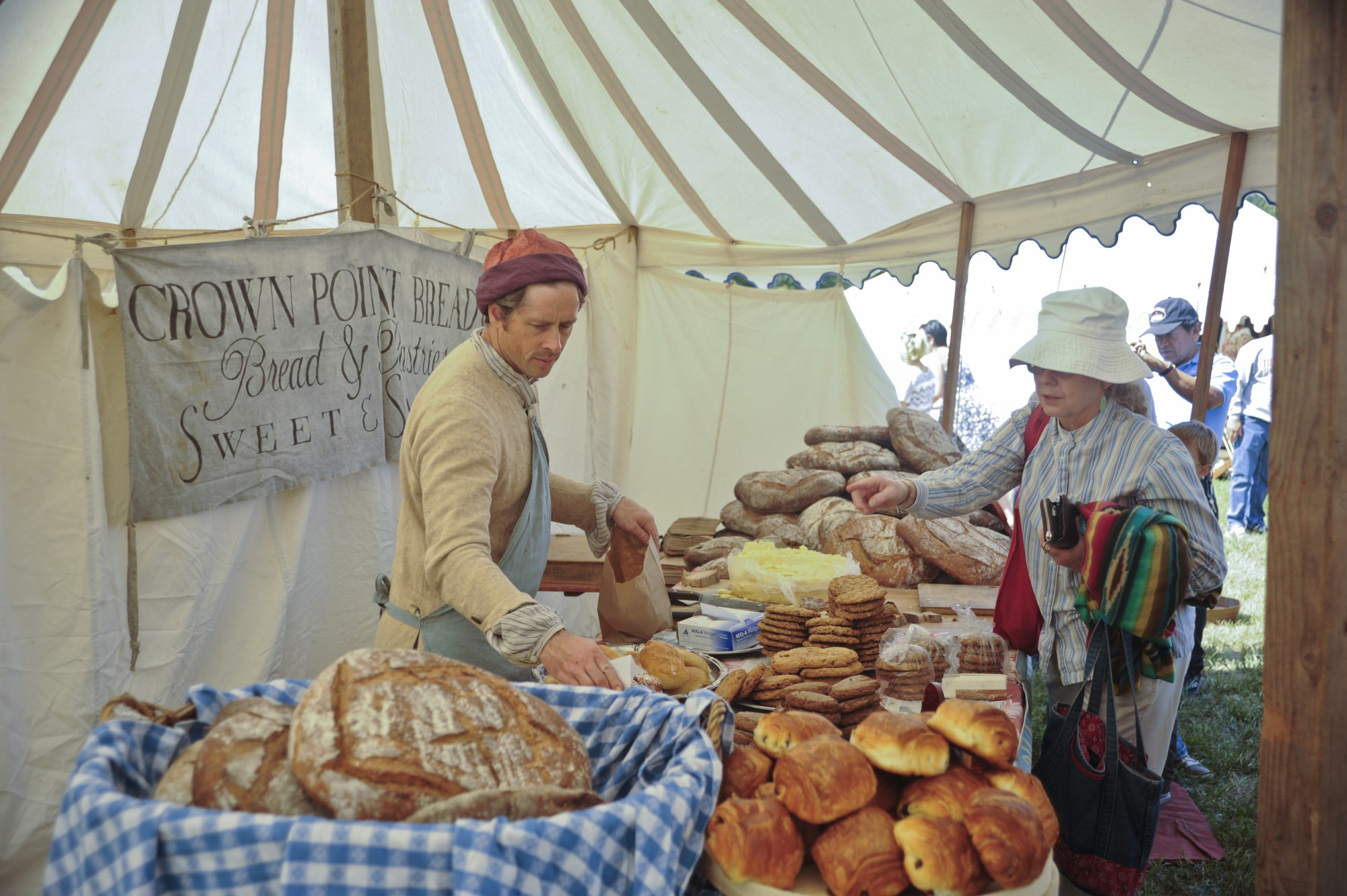 bakery vendor at mount vernon colonial market