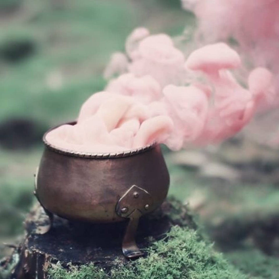 cauldron, smoke