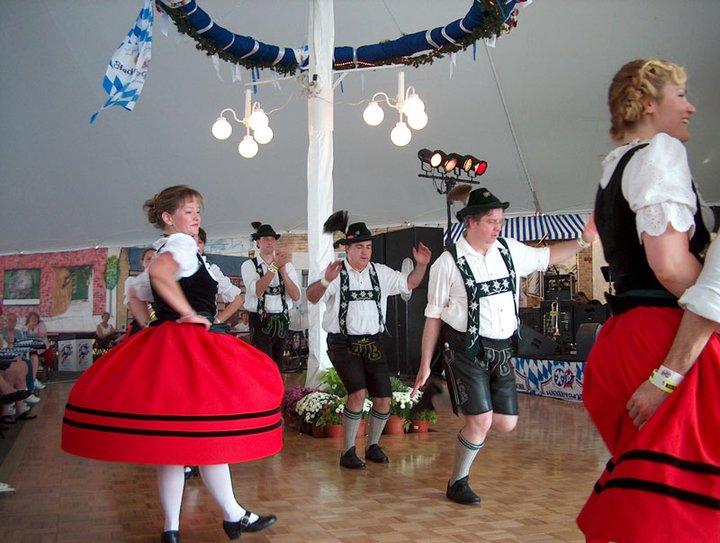 dancing, Oktoberfest