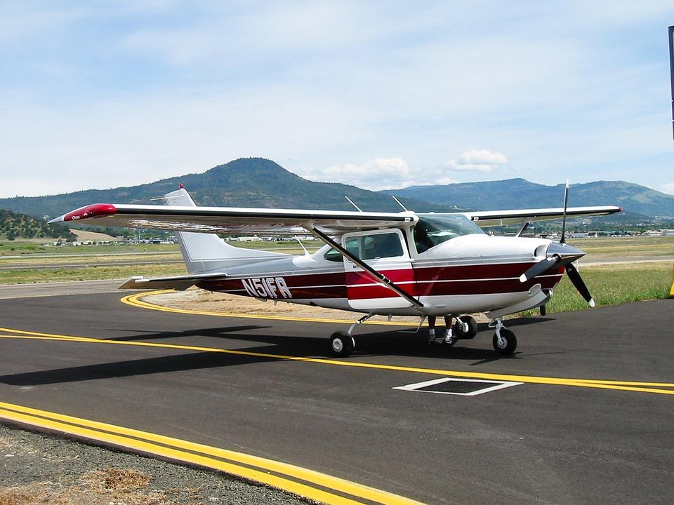 Cessna 182