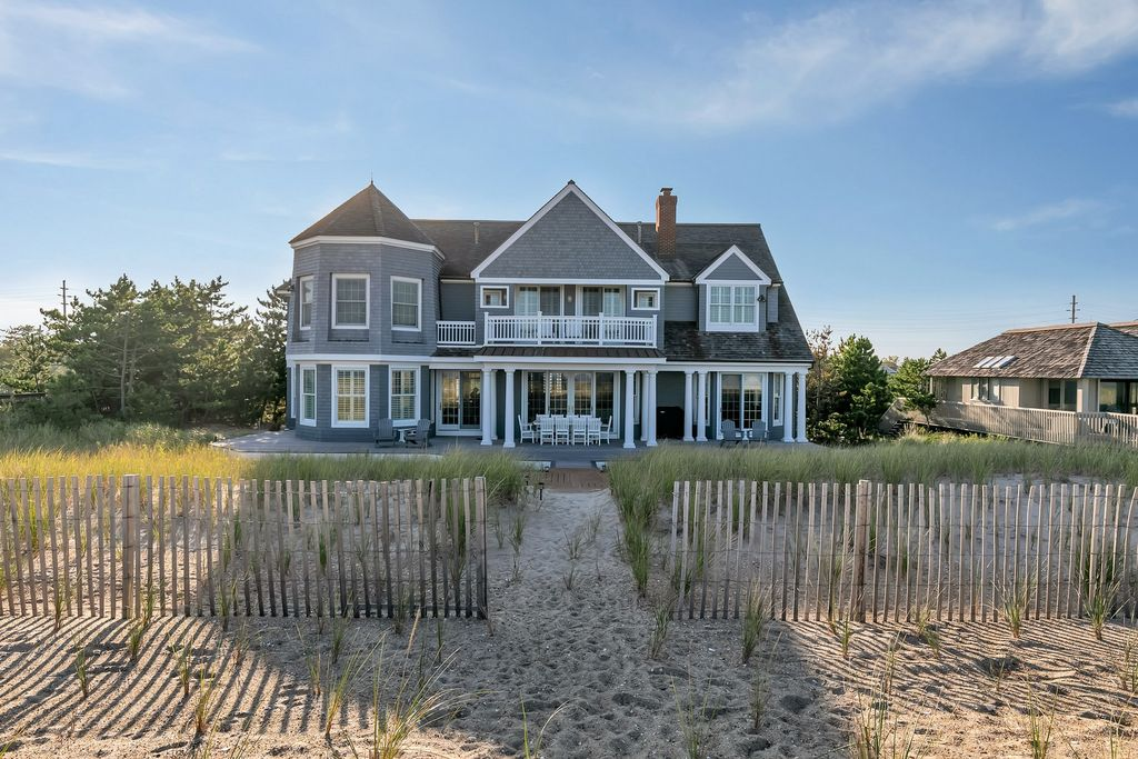 1437 Ocean Avenue, Mantoloking, New Jersey