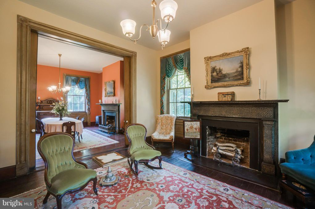 parlor, living room