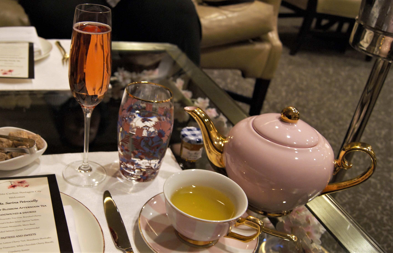 teapot, champagne