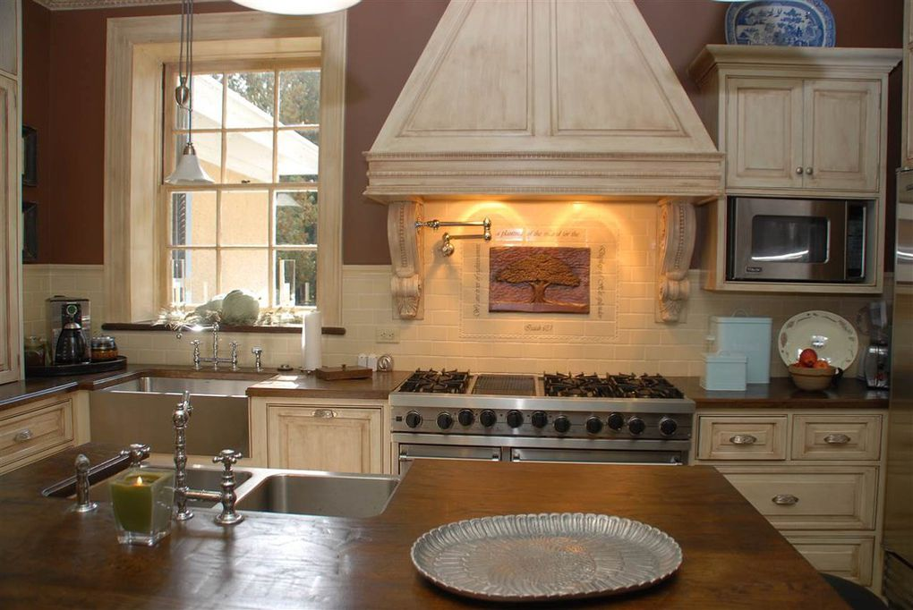 kitchen, appliaces, cabinetry