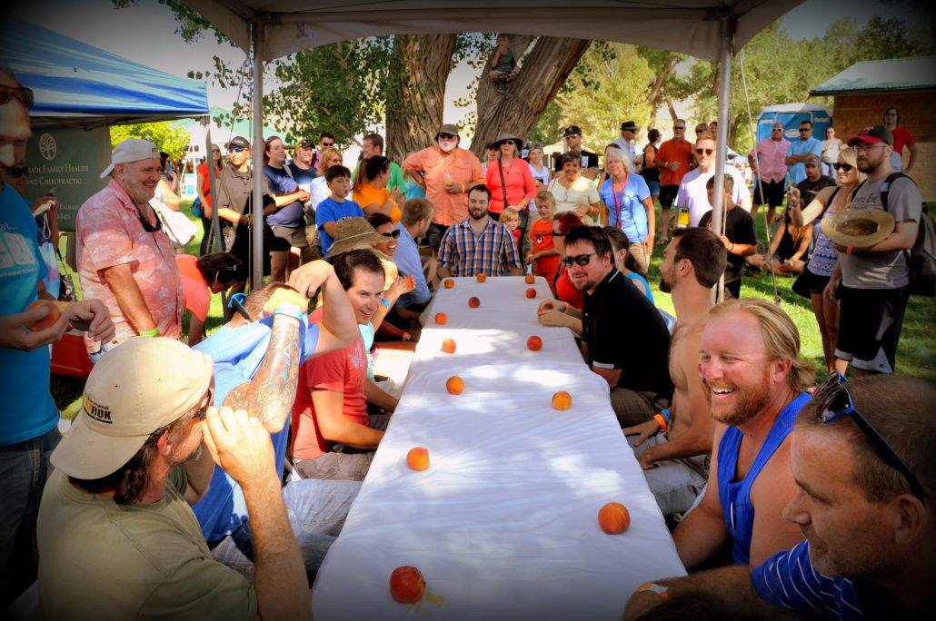 peach eating contest