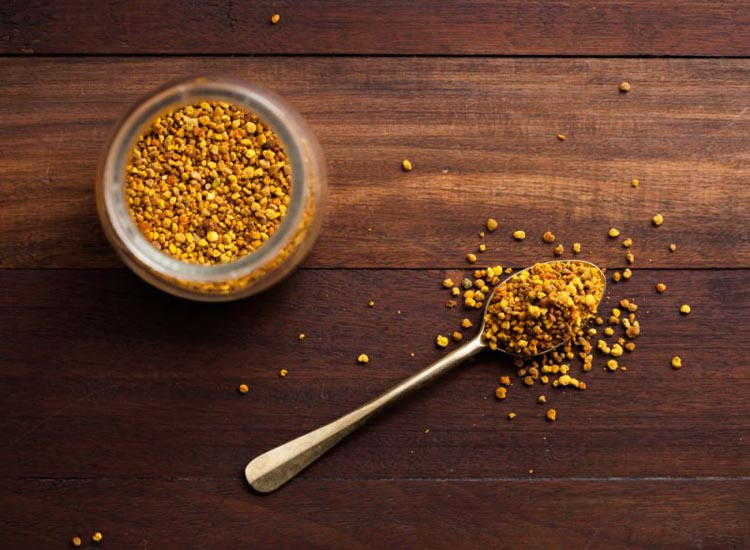 Bee pollen is an excellent ingredient to sprinkle on cereal.