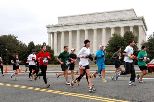 marathon, runners, Lincoln Memorial