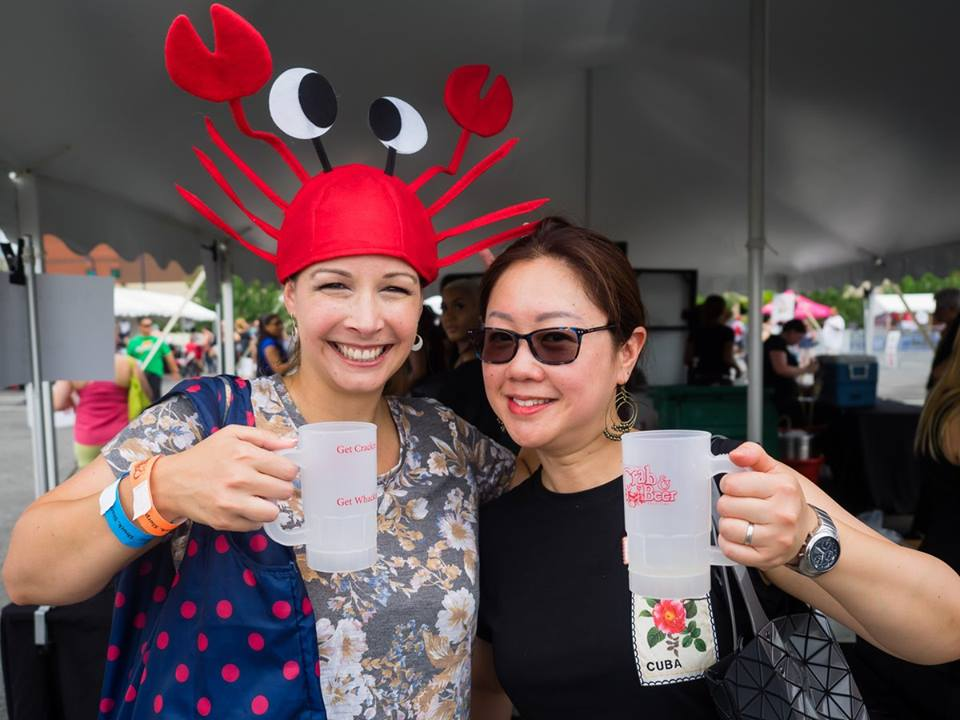 crab festival, cheers