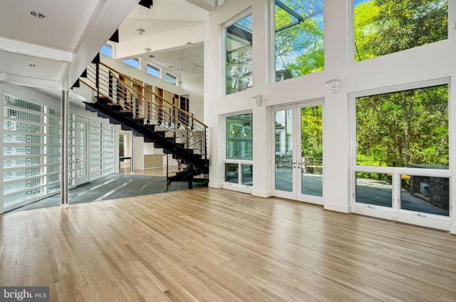 foyer, windows, entryway