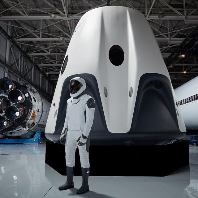Space X Spacesuit and Dragon Capsule, courtesy NASA