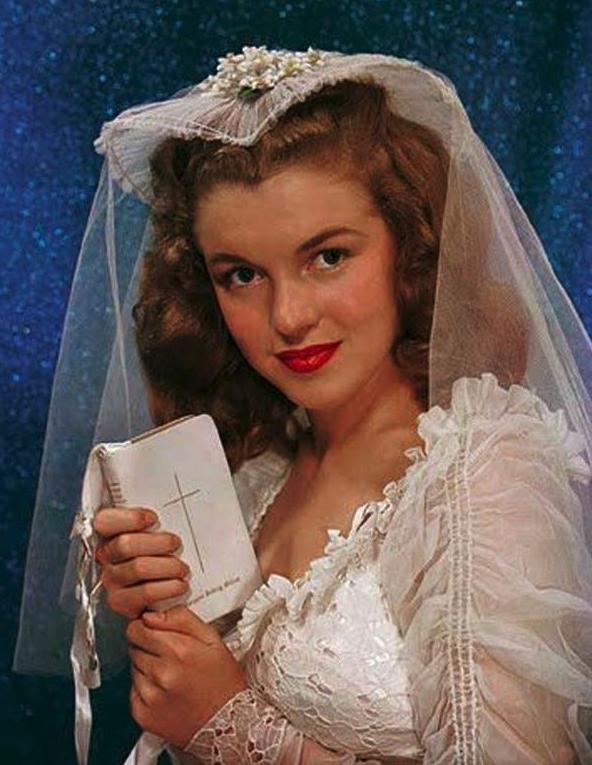 marilyn monroe first wedding